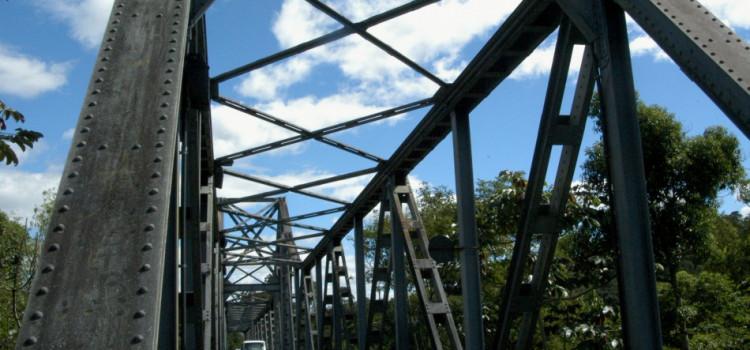 Fios de cobre da Ponte de Ferro são roubados pela terceira vez em 30 dias