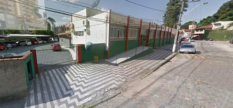 Jovem é preso no Luiz Delfino por porte de drogas