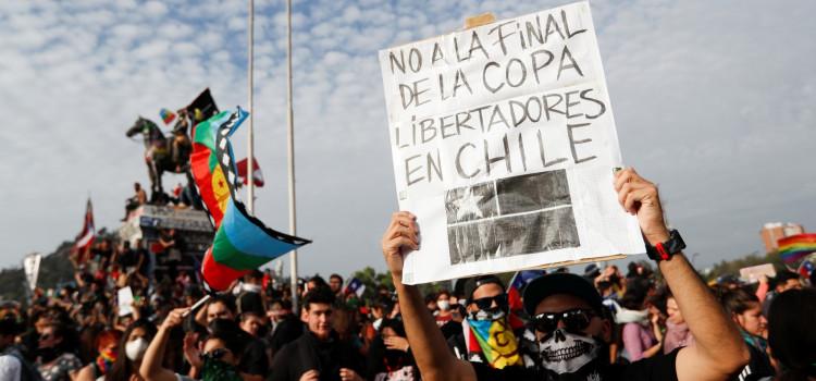 Protestos pedem nova constituição para o Chile