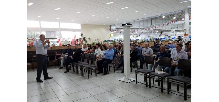 Acib nos Bairros e reúne empresários da Itoupava Central