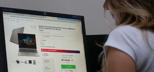 Procon SC registra aumento de 300% em reclamações por compras online