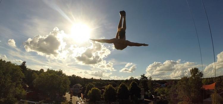 Acrobata que desistiu do esporte é aprovado no Cirque du Soleil