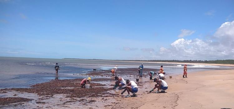 Militares fazem ação preventiva na costa do Espírito Santo