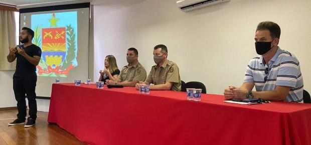 Novos policiais militares devem compreender Libras