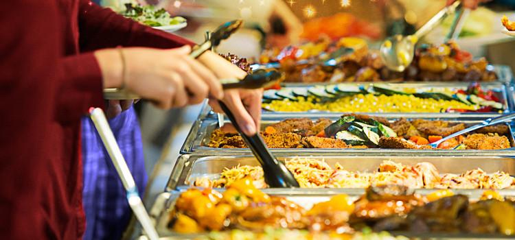 Como evitar alimentos inadequados em restaurantes?