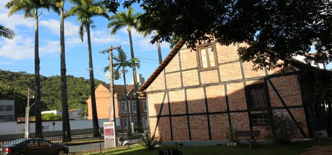 Blumenau renova parceria com o Sistema Estadual de Museus