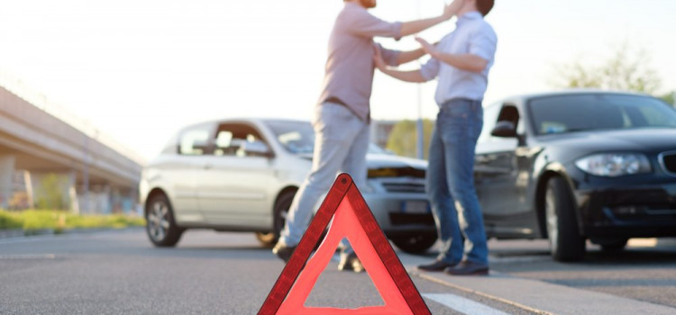 Bêbado é preso após se envolver em acidente de trânsito