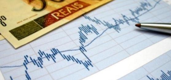 Arrecadação empata com inflação após 18 meses