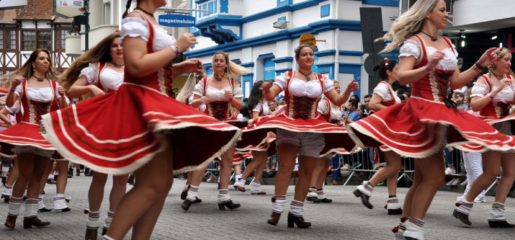 Inscrições para os desfiles da 35ª Oktoberfest abrem hoje
