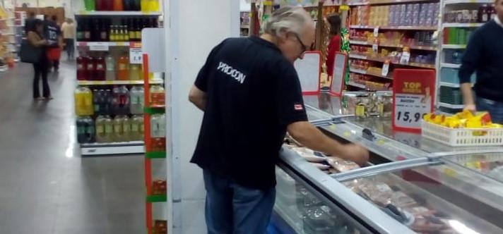 Procon intensifica fiscalização em supermercados