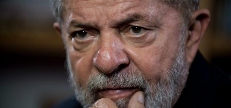 E a cada dia Lula se complica mais...