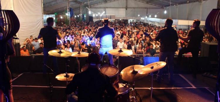 Festival do Camarão amplia estrutura para receber 40 mil pessoas
