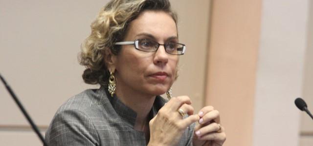 Ana Paula Lima destina recursos para 31 municípios catarinense