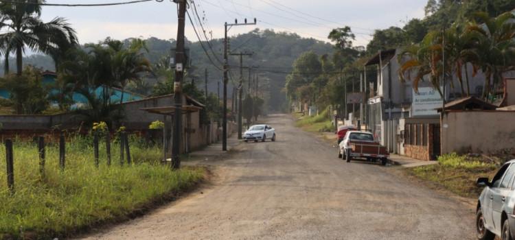 Pavimentação da Rua Ricardo Belz avança