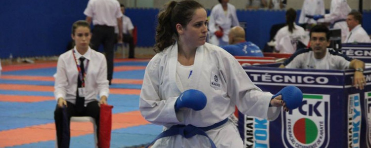 Duas atletas de Blumenau garantem vaga no Sul-Americano de Karatê
