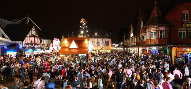 Oktoberfest Blumenau marcada por ações de conscientização