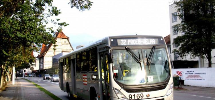 Ônibus terá horários extras na madrugada durante a Oktober