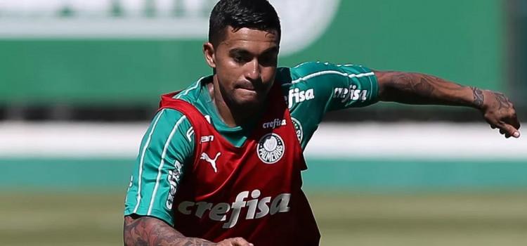 Dudu tem conversa com Felipão no Palmeiras antes de tarde de treino