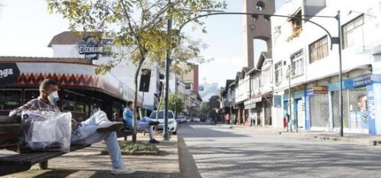 Santa Catarina vai ou não aderir ao lockdown de 14 dias?