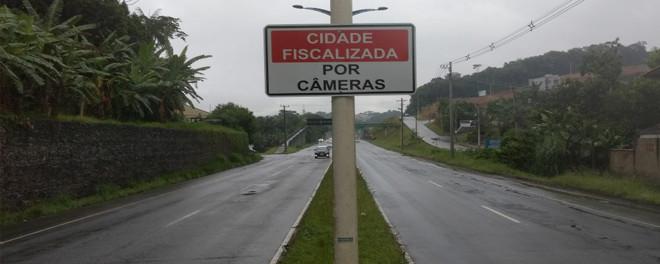 Entenda o funcionamento da fiscalização e das autuações por câmeras remotas