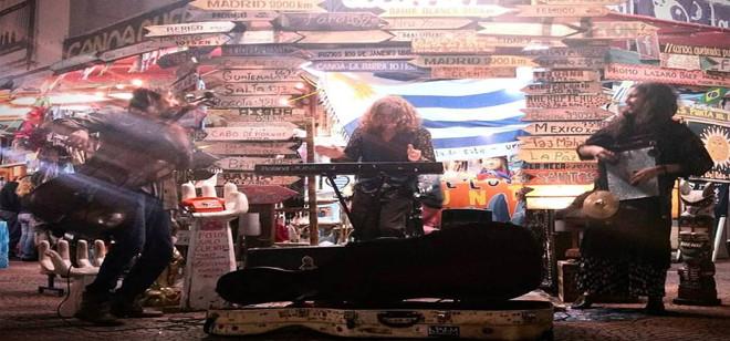Músicos catarinenses sofrem furto de instrumentos no Uruguai
