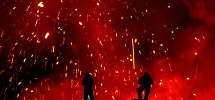 Erupção vulcânica no Extremo-Oriente russo atrai turistas