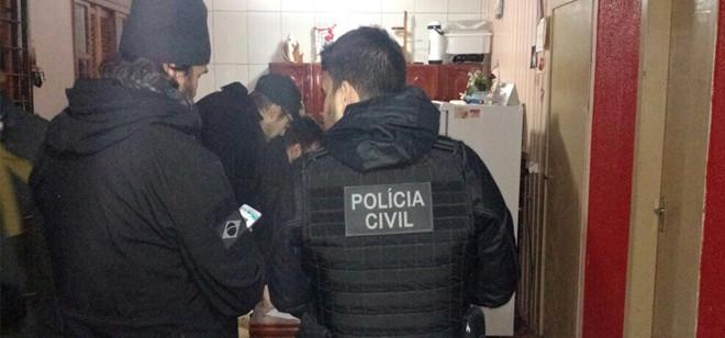 Polícia Civil de SC se envolve em operação nacional contra jogo 'Baleia Azul'