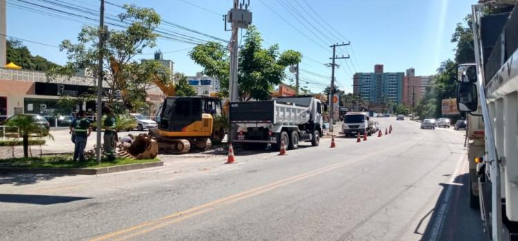 Rua Amazonas recebe expansão na rede de distribuição de água